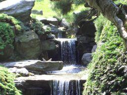 Cascades artificielles et faux rochers photos des plus for Rocher decoratif pour jardin